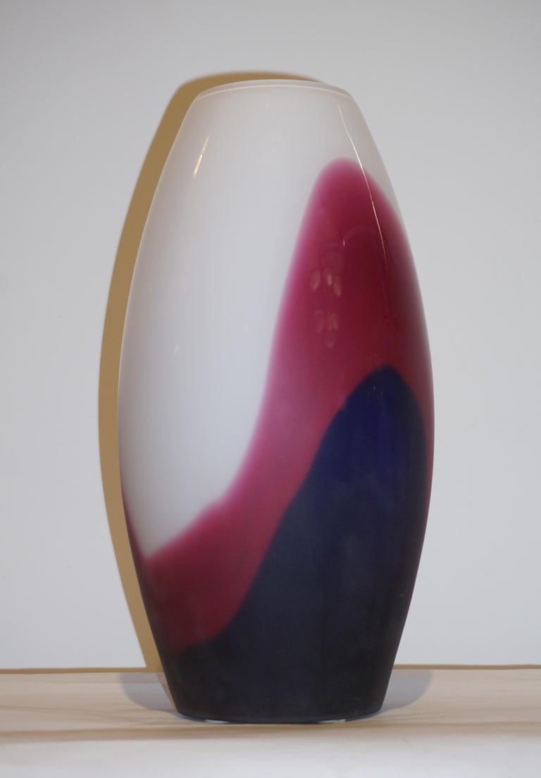 Hand-Crafted Formia 1980 Italian Vintage Purple Blue White Murano Glass Modern Design Vases For Sale