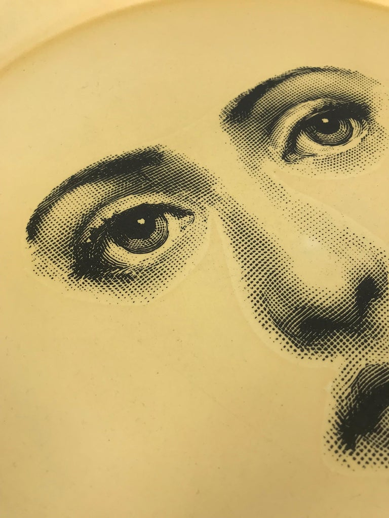 Italian Piero Fornasetti Tray, made in italy, 1960 circa white printed face  For Sale