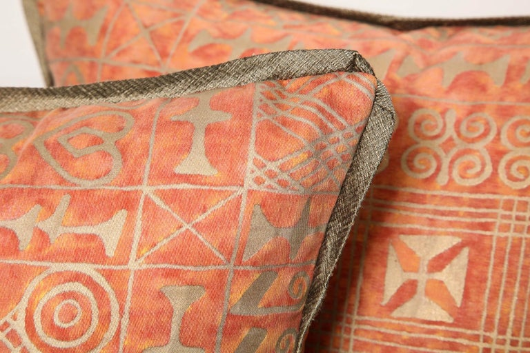 Fortuny Fabric Cushions in the Ashanti Pattern In Excellent Condition For Sale In New York, NY