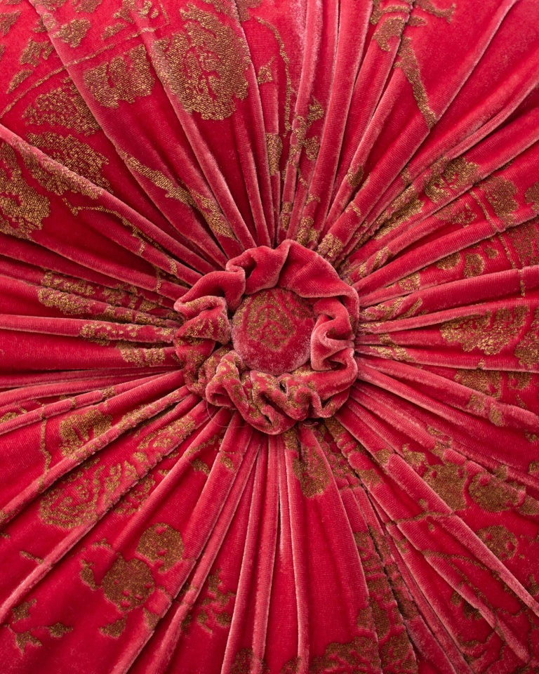 Fortuny / Venetia Stadium Round Red and Gold Velvet Pillow In New Condition For Sale In Toronto, ON