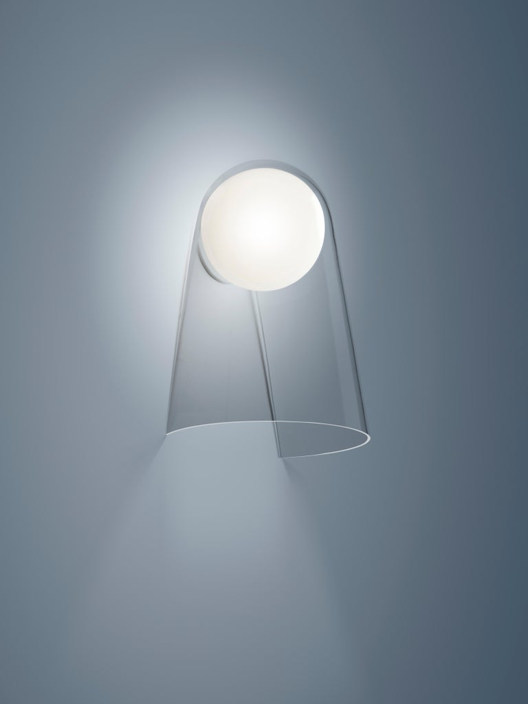 Foscarini Satellight Wall Lamp in White and Transparent by Eugeni Quitllet In New Condition For Sale In New York, NY
