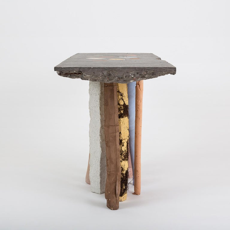 Fossil Console in Concrete by Nacho Carbonell In New Condition For Sale In Milan, IT