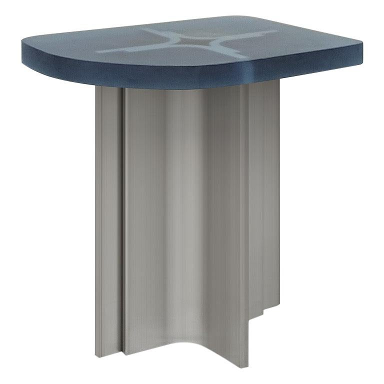 'Fossil' side table in Brushed steel and aqua blue opaque resin For Sale