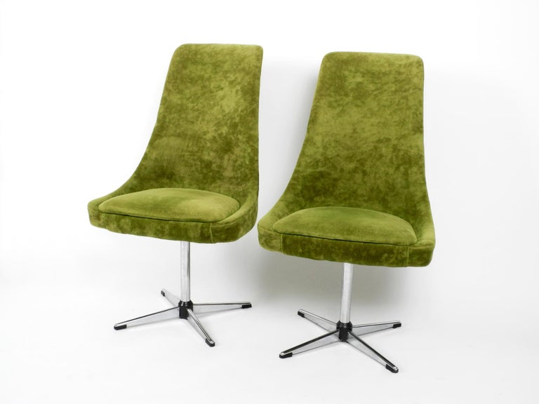 Four 1970s Space Age Rotatable Chairs by Lübke with Original Green Velvet Cover 11