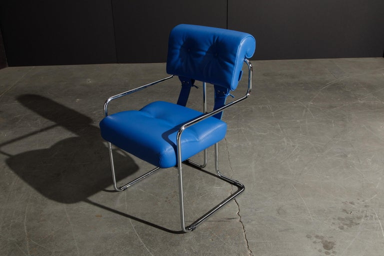 Four Blue Leather 'Tucroma' Chairs by Guido Faleschini for Mariani, Signed, New For Sale 5