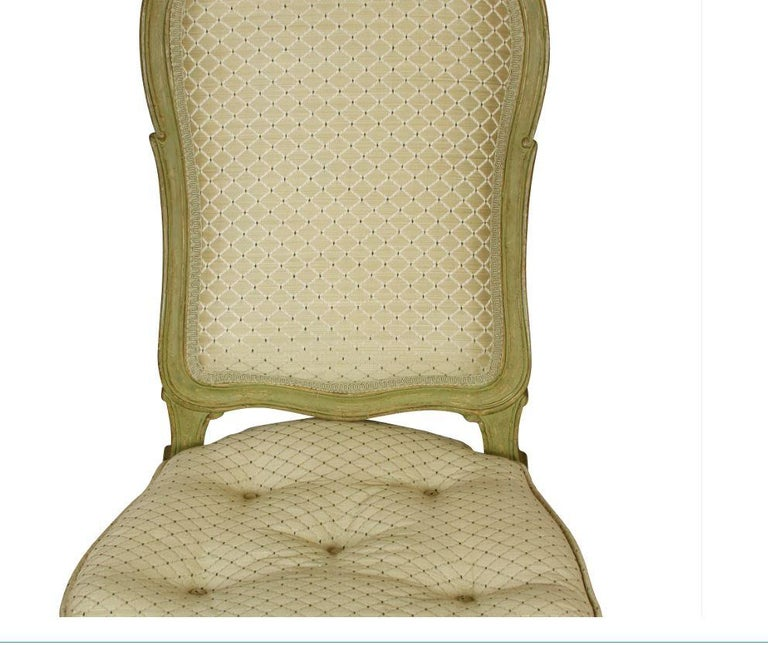 Four Carved Shell Back Dining Chairs In Good Condition For Sale In Locust Valley, NY