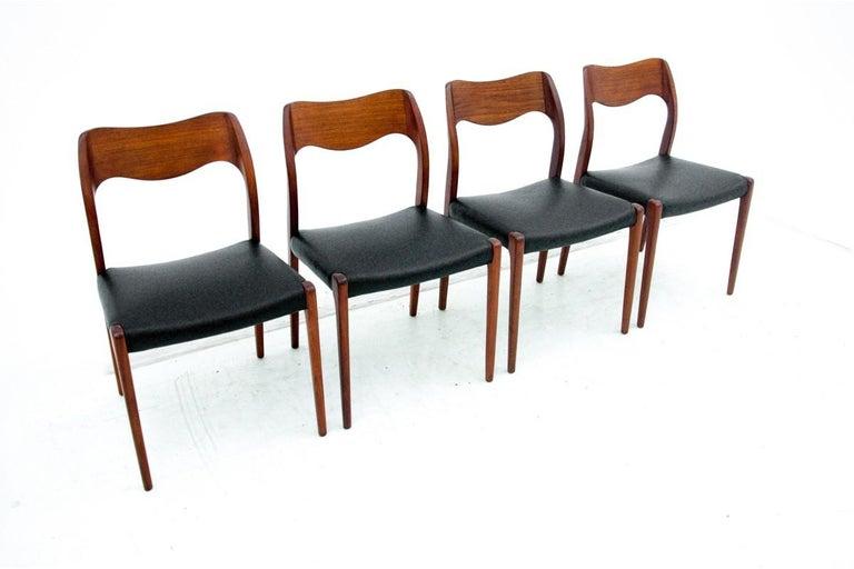 Scandinavian Modern Four Chairs, Niels O. Møller, Denmark, 1960s For Sale