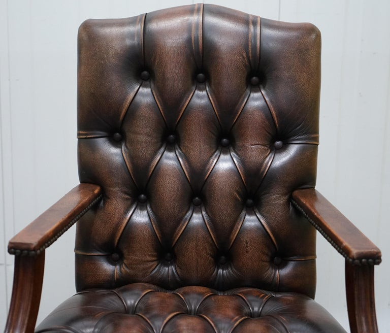 Four Chesterfield Brown Leather Gainsborough Captains Office Dining Armchairs In Good Condition For Sale In London, GB