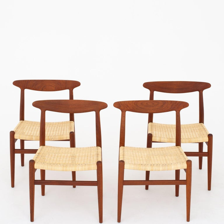 Four Dining Chairs by Hans J. Wegner For Sale 2