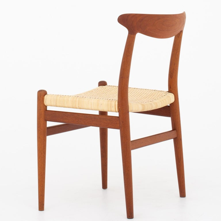 Scandinavian Modern Four Dining Chairs by Hans J. Wegner For Sale