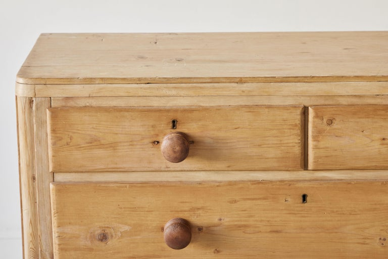 Four Drawer Pine Dresser  In Good Condition For Sale In Los Angeles, CA