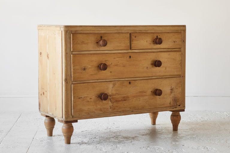 Four Drawer Pine Dresser  For Sale 2