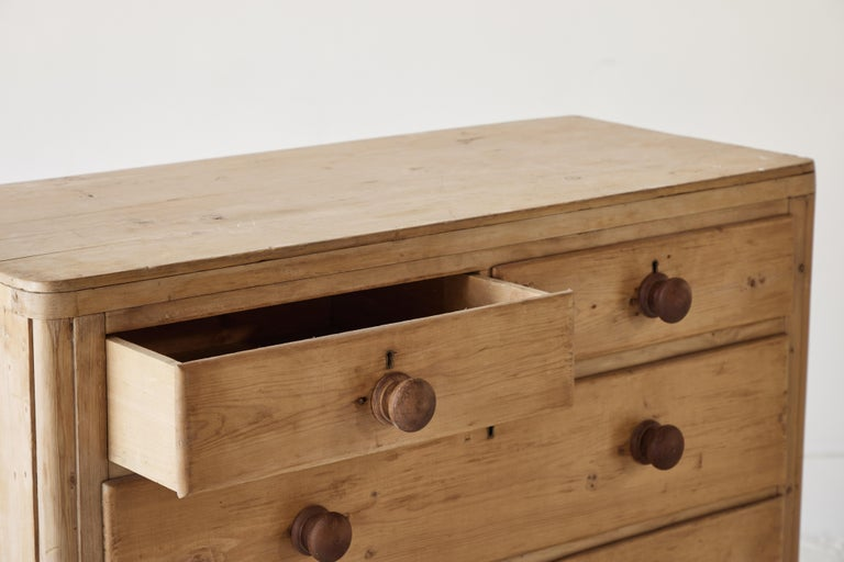 Four Drawer Pine Dresser  For Sale 4