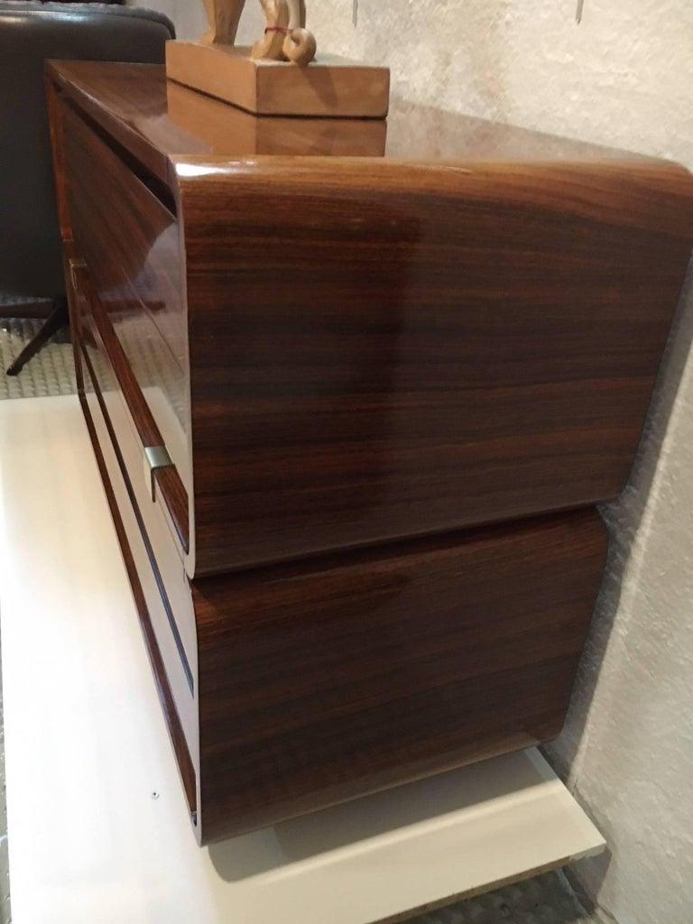 Four drawers mahogany commode, circa 1940, Italy.