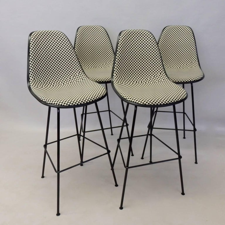 Four Eames Herman Mill Bar Stools with Girard Checkerboard Fabric In Excellent Condition For Sale In Ferndale, MI