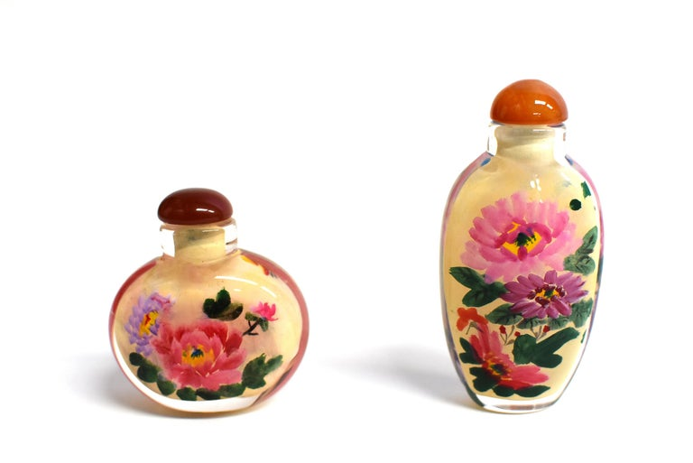 Four Églomisé Reverse Painted Snuff Bottles with Peonies and Birds In Excellent Condition For Sale In Somis, CA