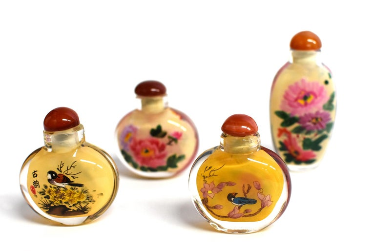 Four Églomisé Reverse Painted Snuff Bottles with Peonies and Birds For Sale 2