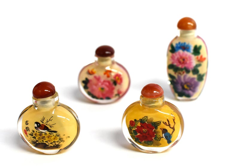 Four Églomisé Reverse Painted Snuff Bottles with Peonies and Birds For Sale 3