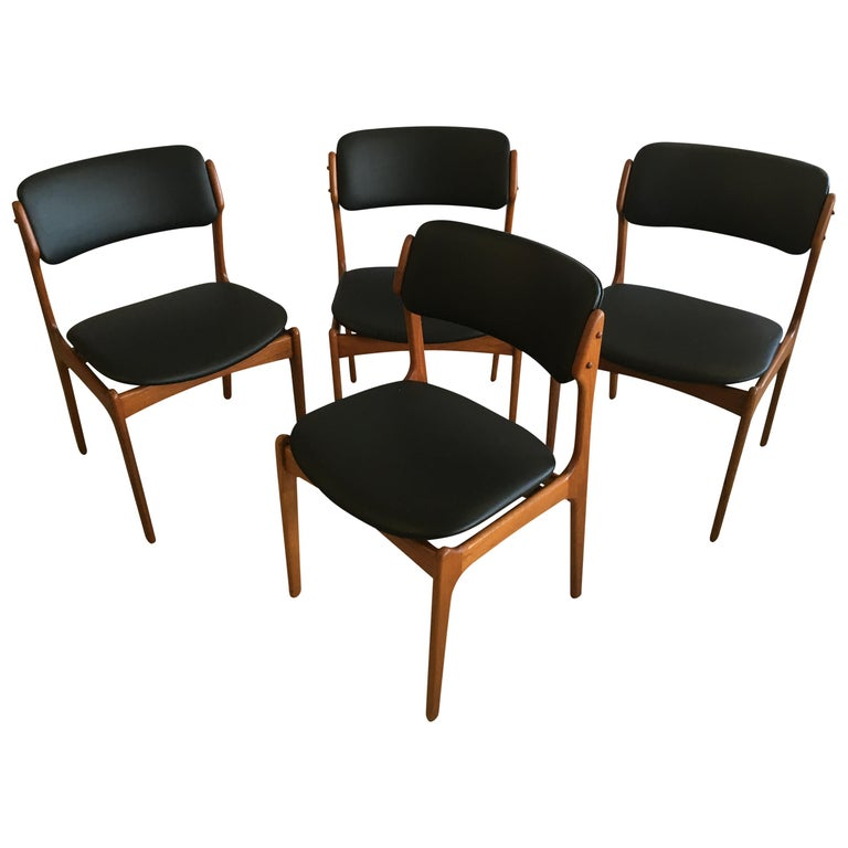 Four Fully Restored Erik Buch Teak Dining Chairs, Reupholstered in Black Leather For Sale