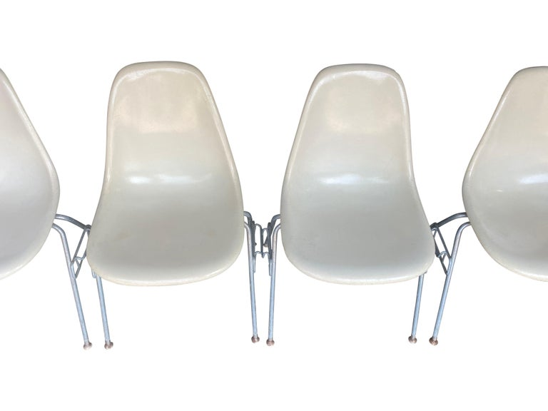 Four Herman Miller Eames Fiberglass Stacking Dining Chairs For Sale 1