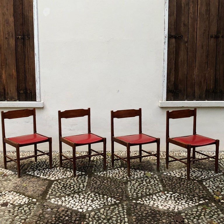 Four Midcentury Dining Chairs in Skai and Beech by Gianfranco Frattini, 1960s For Sale 4
