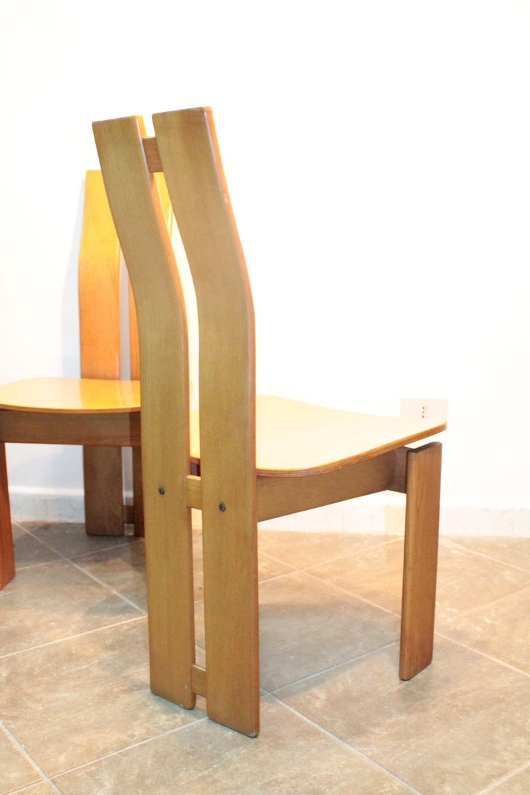 Four Modernist Italian Chairs in the style of Afra and Tobia Scarpa 1970s  For Sale 8