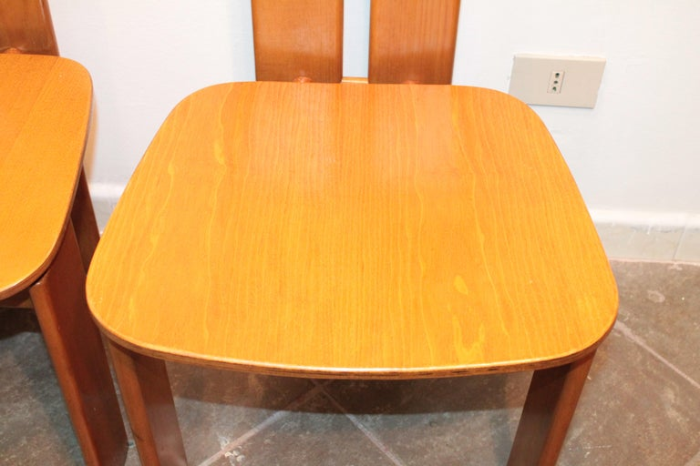 Four Modernist Italian Chairs in the style of Afra and Tobia Scarpa 1970s  For Sale 11