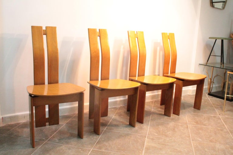 Four Modernist Italian Chairs in the style of Afra and Tobia Scarpa 1970s  For Sale 1