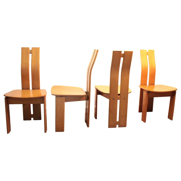 Four Modernist Italian Chairs in the style of Afra and Tobia Scarpa 1970s  For Sale