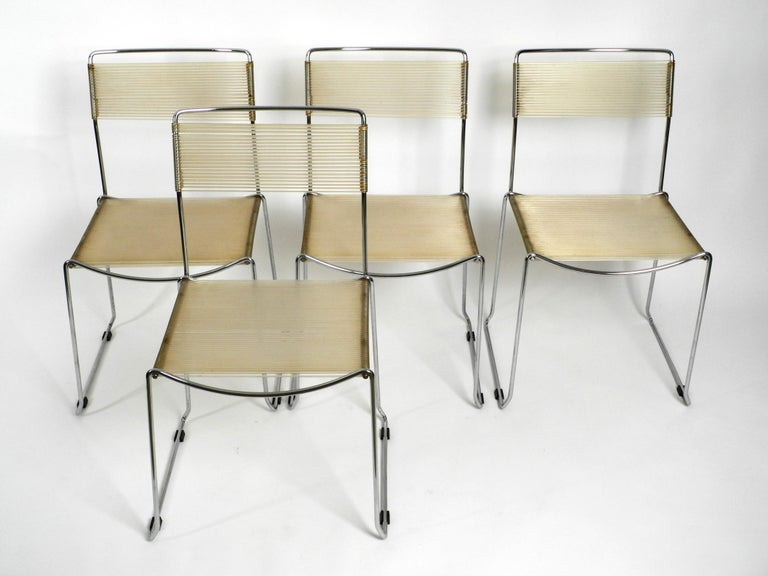 Four Original Very Well Preserved 1970s Spaghetti Chairs with Chromed Frames In Good Condition For Sale In München, DE