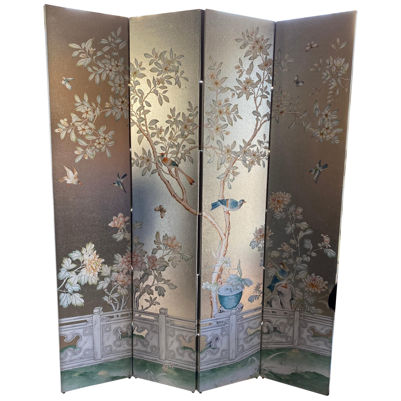Four-Panel Wallpaper Screen