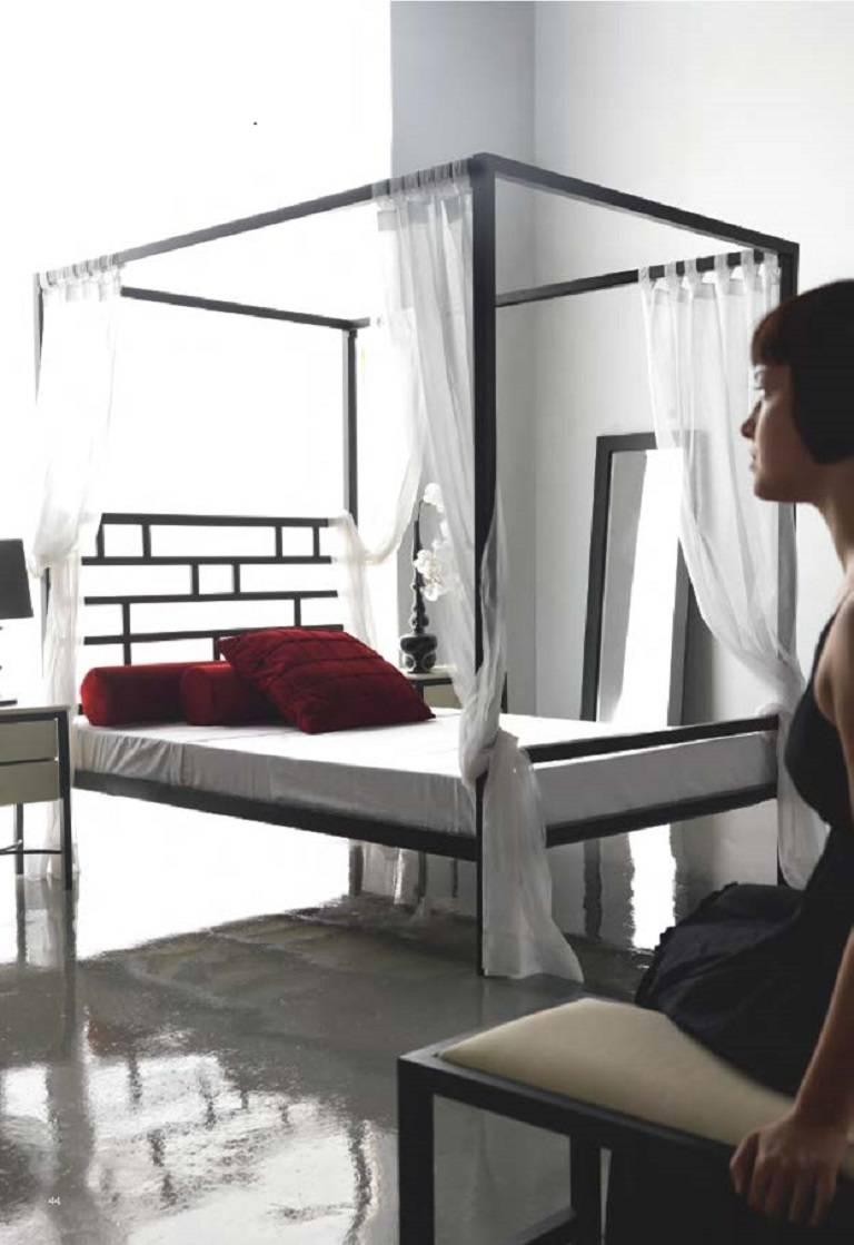 Modern Four-Poster Canopy Bed or Daybed in Wrought Iron. Indoor & Outdoor For Sale