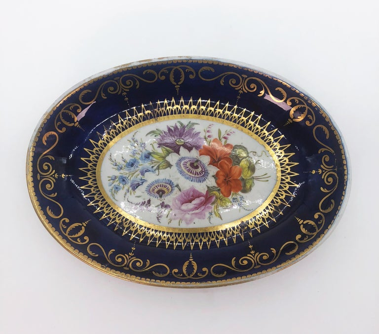 Hand-Painted Four Regency Hand Painted Porcelain Dishes by Coalport, circa 1805 For Sale