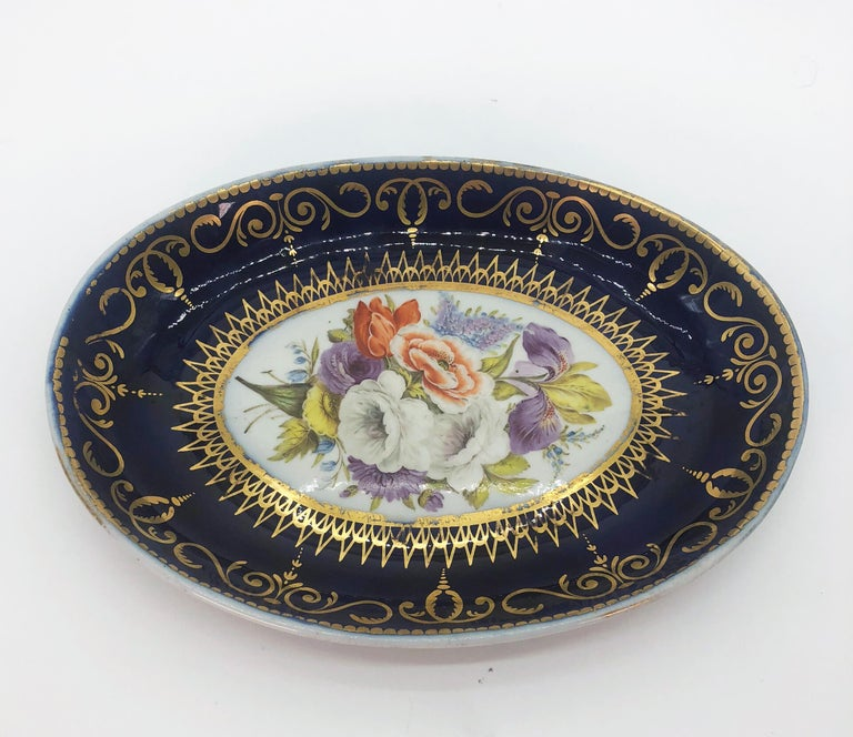 Early 19th Century Four Regency Hand Painted Porcelain Dishes by Coalport, circa 1805 For Sale