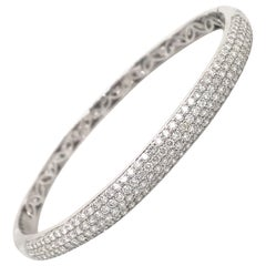 HARBOR D. Four-Row Diamond Bangle 2.26 Carat 18 Karat White Gold