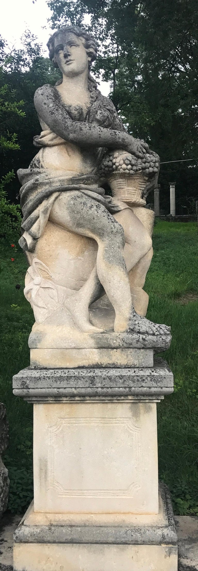 Four Seasons Extraordinary Italian Stone Sculptures In Good Condition For Sale In Rome, IT