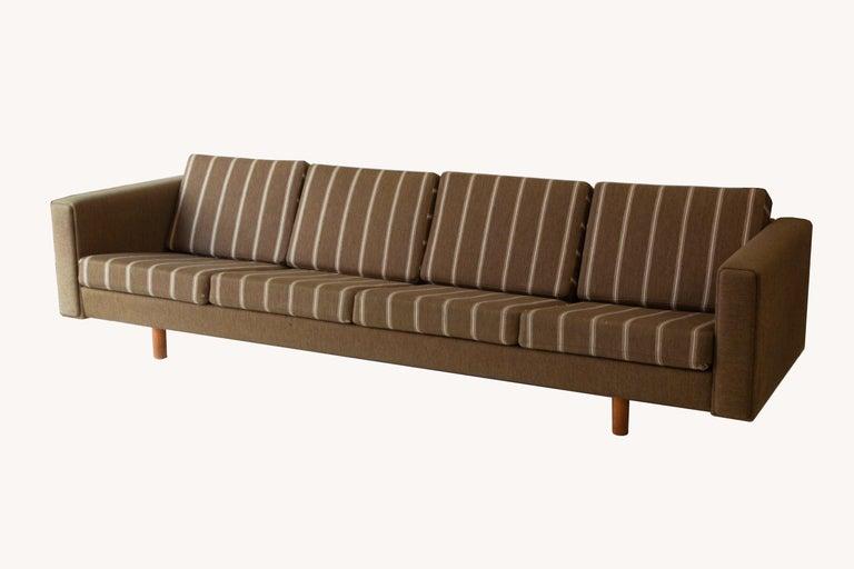 Scandinavian Modern Four-Seat Sofa by Wegner for GETAMA For Sale