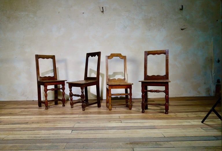 A Set Of Four Small French 18th Century Backstools, Lorraine Oak Side Chairs For Sale 1