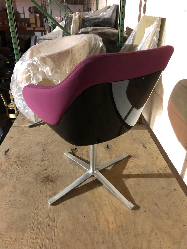 Walter Knoll Four Star Base Turtle Chair In Good Condition For Sale In New York, NY