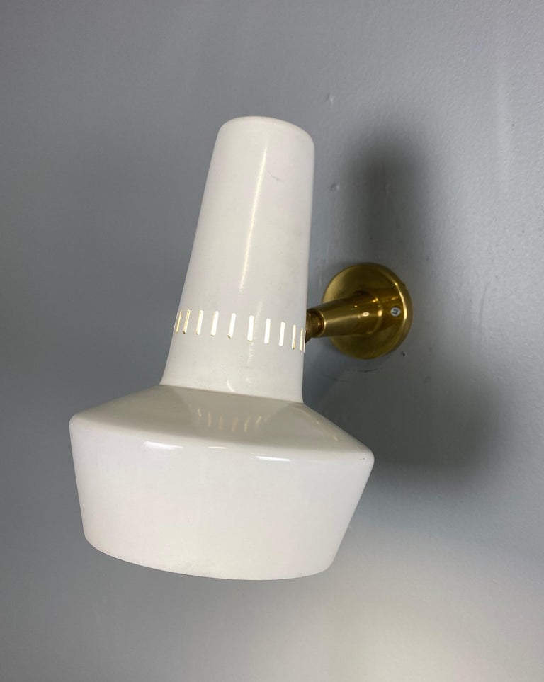 Four Stilnovo Brass Adjustable Wall Lamp, 1960s In Excellent Condition For Sale In Rovereta, SM