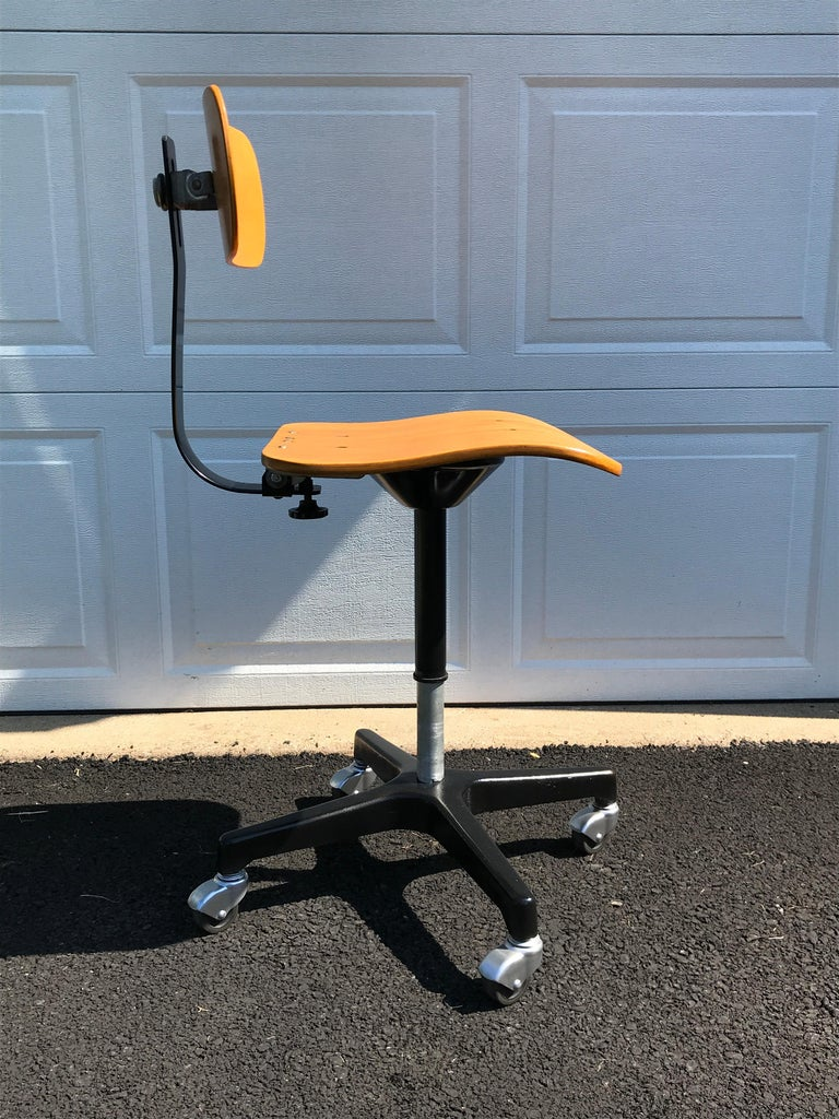 Four Vintage Industrial Ajustrite Bentwood Drafting Chairs, Restored In Good Condition For Sale In Oaks, PA