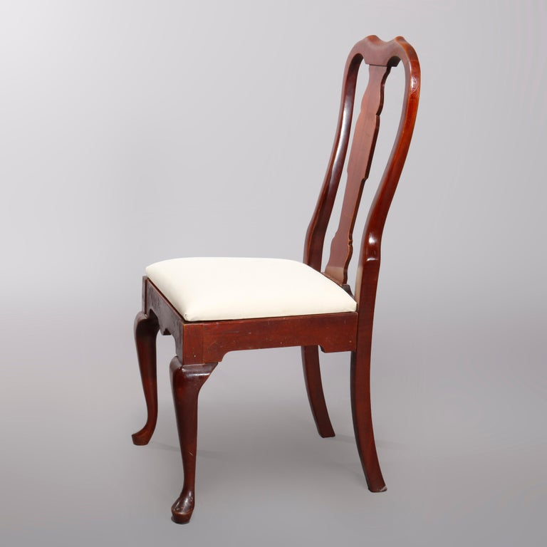 Four Vintage Pennsylvania House Cherry Queen Anne Style Dining Chairs In Good Condition For Sale In Big Flats, NY