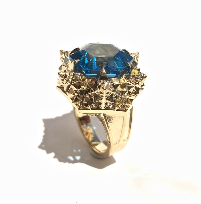 Fractal Gold Topaz Ring In New Condition For Sale In Coral Gables, FL