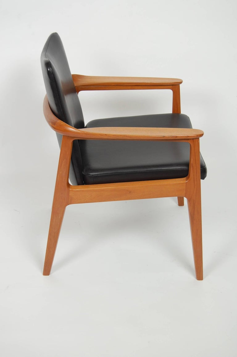 France & Sons Teak & Leather Armchair by Count Sigvard Bernadotte Danish Modern For Sale 4