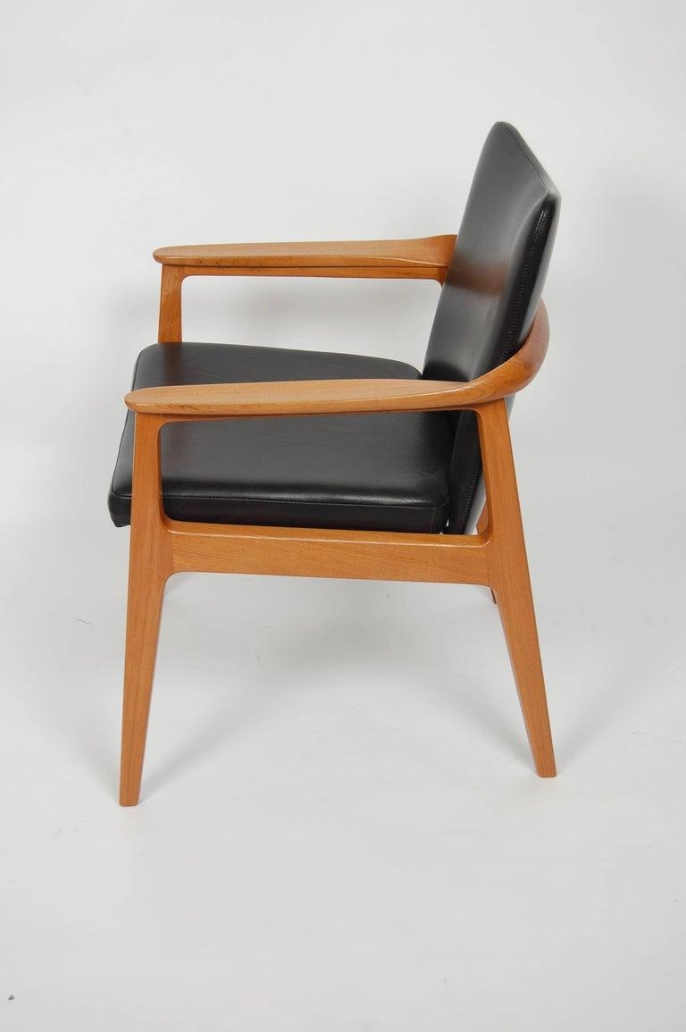 Scandinavian Modern France & Sons Teak & Leather Armchair by Count Sigvard Bernadotte Danish Modern For Sale