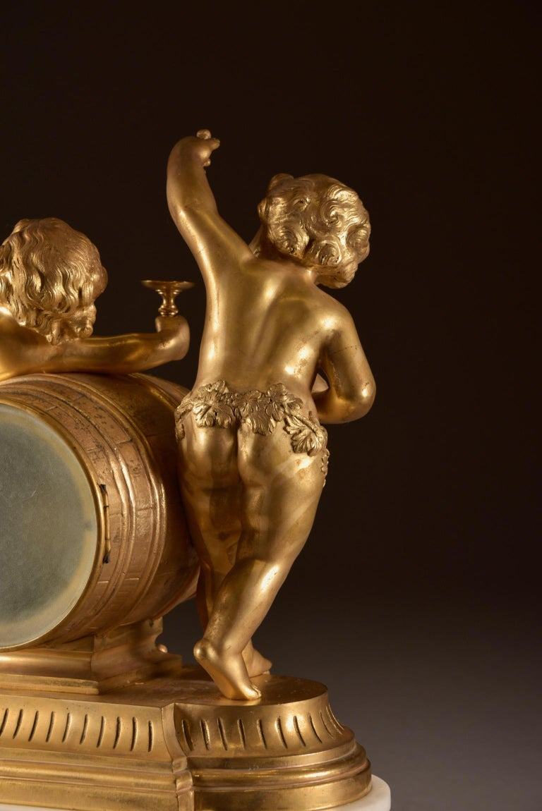 France, second Empire pendule (1840-1860) large Cupido Clock with 2 candlesticks For Sale 7