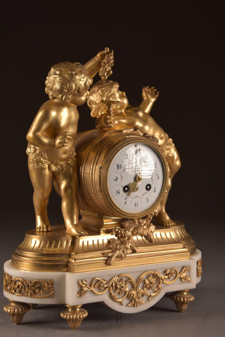 France, second Empire pendule (1840-1860) large Cupido Clock with 2 candlesticks For Sale 10