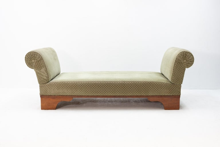 France Art Deco drop arm daybed  7