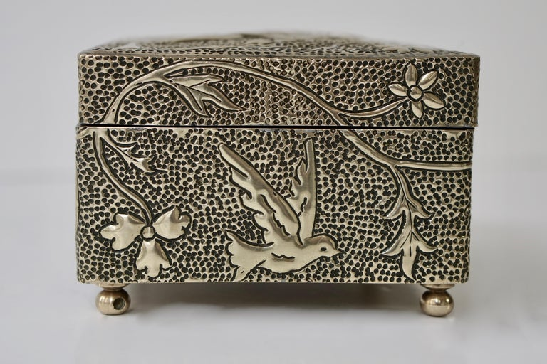 France Art Nouveau Silvered Jewelry Box Casket, circa 1900 For Sale 6