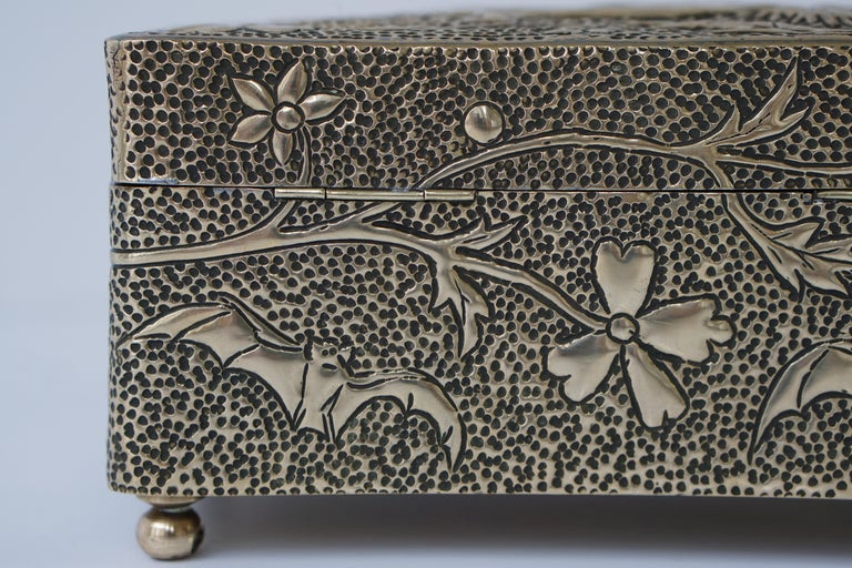 France Art Nouveau Silvered Jewelry Box Casket, circa 1900 For Sale 12